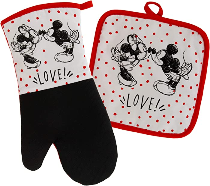 Disney Kitchen Neoprene Oven Mitt and Potholder Set with Hanging Loop -Non-Slip Heat Resistant Kitchen Accessories with Premium Insulation Ideal for Handling Hot Kitchenware-Mickey and Minnie Kissing
