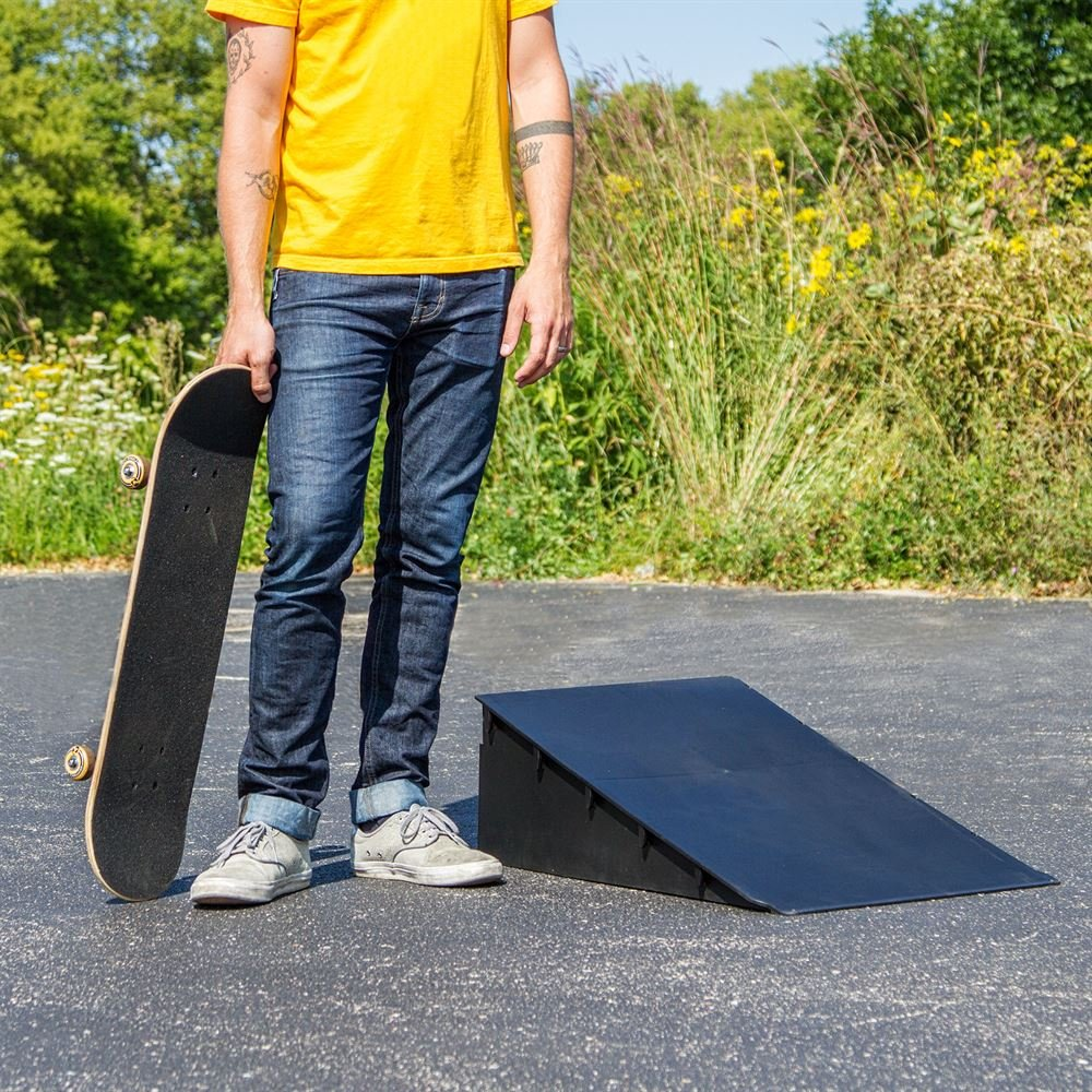 Discount Ramps SK-78800 Black 10'' High Skateboard Launch Ramp by Discount Ramps (Image #1)