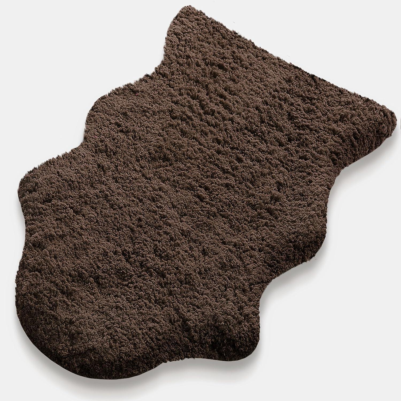 Kunstfell Teppich Maja   extra weich   kuschlig handgetuftet   100% Polyester   braun   Wohnzimmerteppich Bettvorleger Badematte Stuhlauflage in 2 Größen (120 x 180 cm)