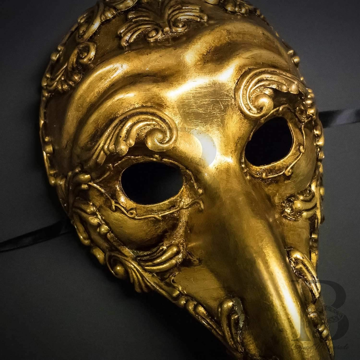 Vintage Gold Plague Doctor Venetian Mask Laser Cut Long-Nosed Masquerade Mask