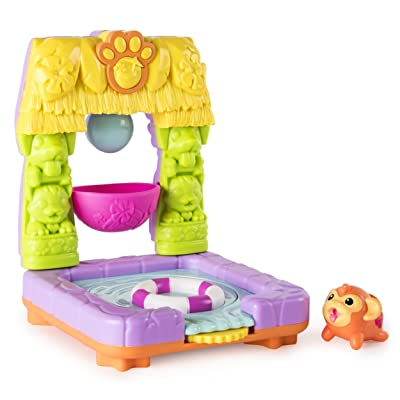 Chubby Puppies and Friends – 2-in 1 Flip N' Island Party Playset with Mahalo Monkey Collectible Figure: Toys & Games