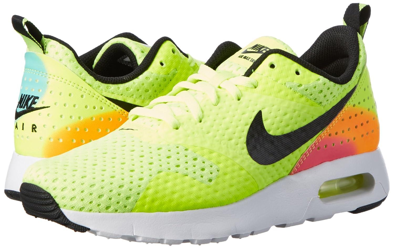 buy popular 9abcc 48ba3 Amazon.com   Nike Air Max Tavas Fb Big Kids Style  845112-700 Size  7 M US    Sneakers