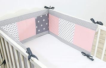 ULLENBOOM ® Tour de lit bébé Gris Rose (180x30 cm Contour de lit molletonné  en coton, Motifs étoiles & pois)