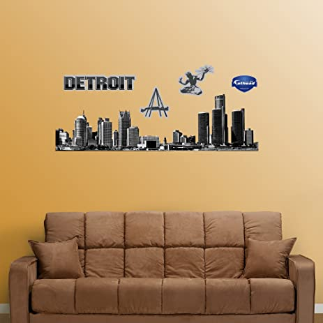 Amazon.com: FATHEAD Detroit Skyline Cutout Graphic Wall Décor: Home ...