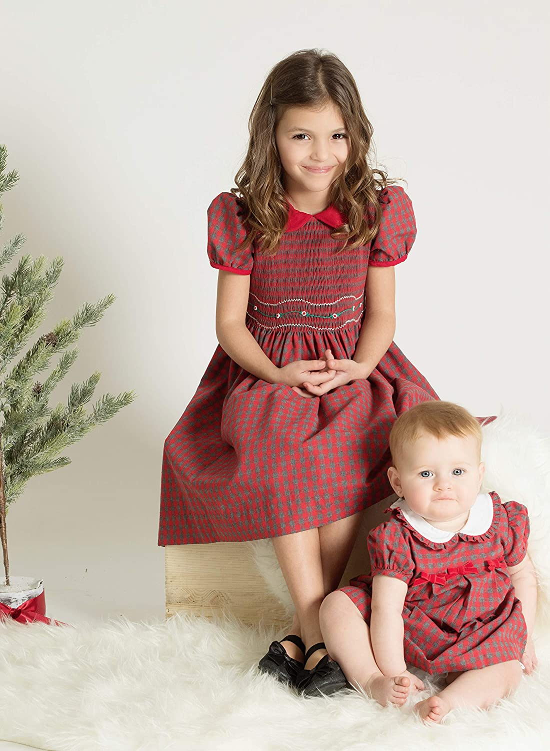 Kids 1950s Clothing & Costumes: Girls, Boys, Toddlers Carriage Boutique Girls Dresses Holiday Red Plaid Short Sleeve Dress with Hand Smocking $60.00 AT vintagedancer.com
