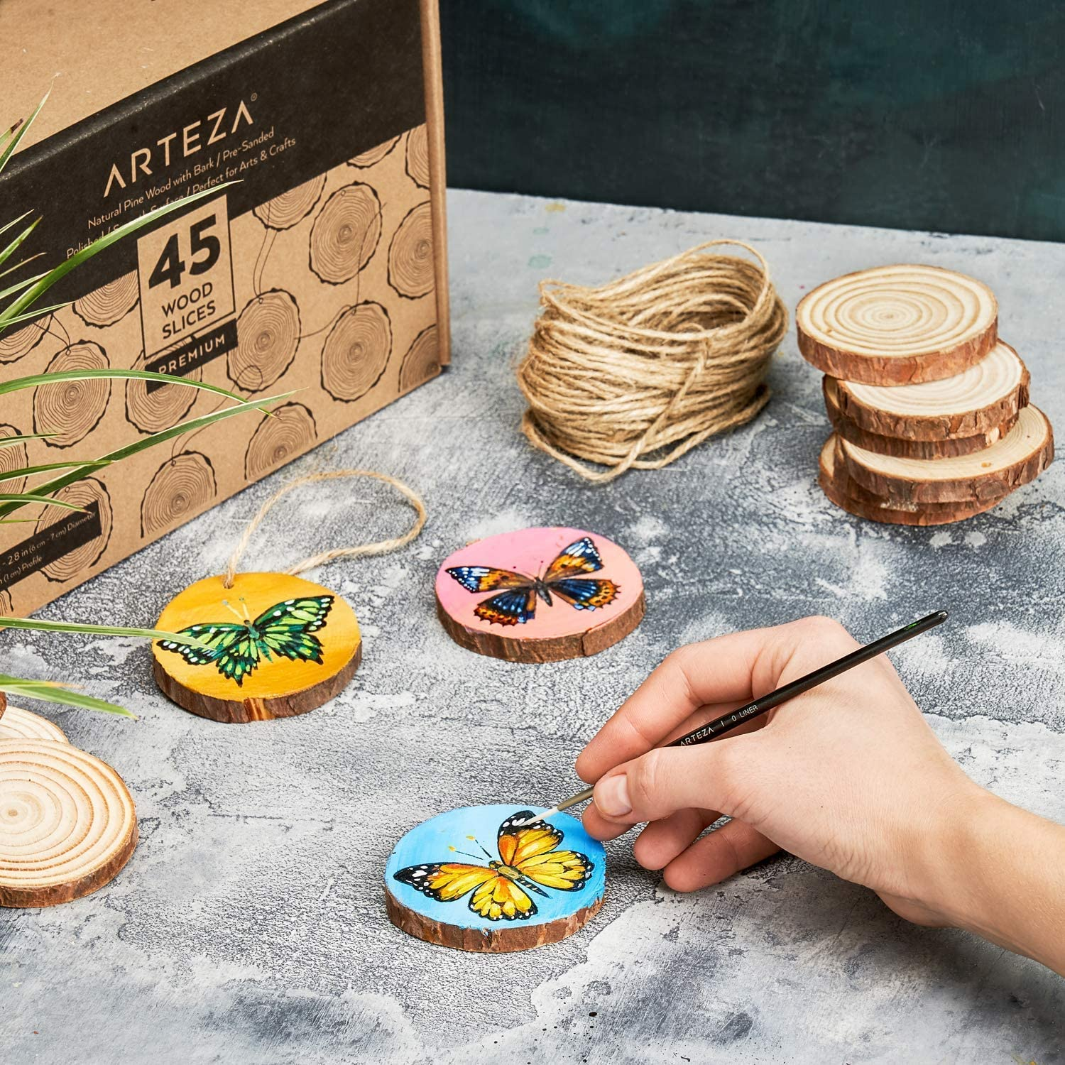 "ARTEZA Wood Slices 45 Pieces with Bark Natural Unfinished Pine 2.4/""-2.8/"" Smooth"