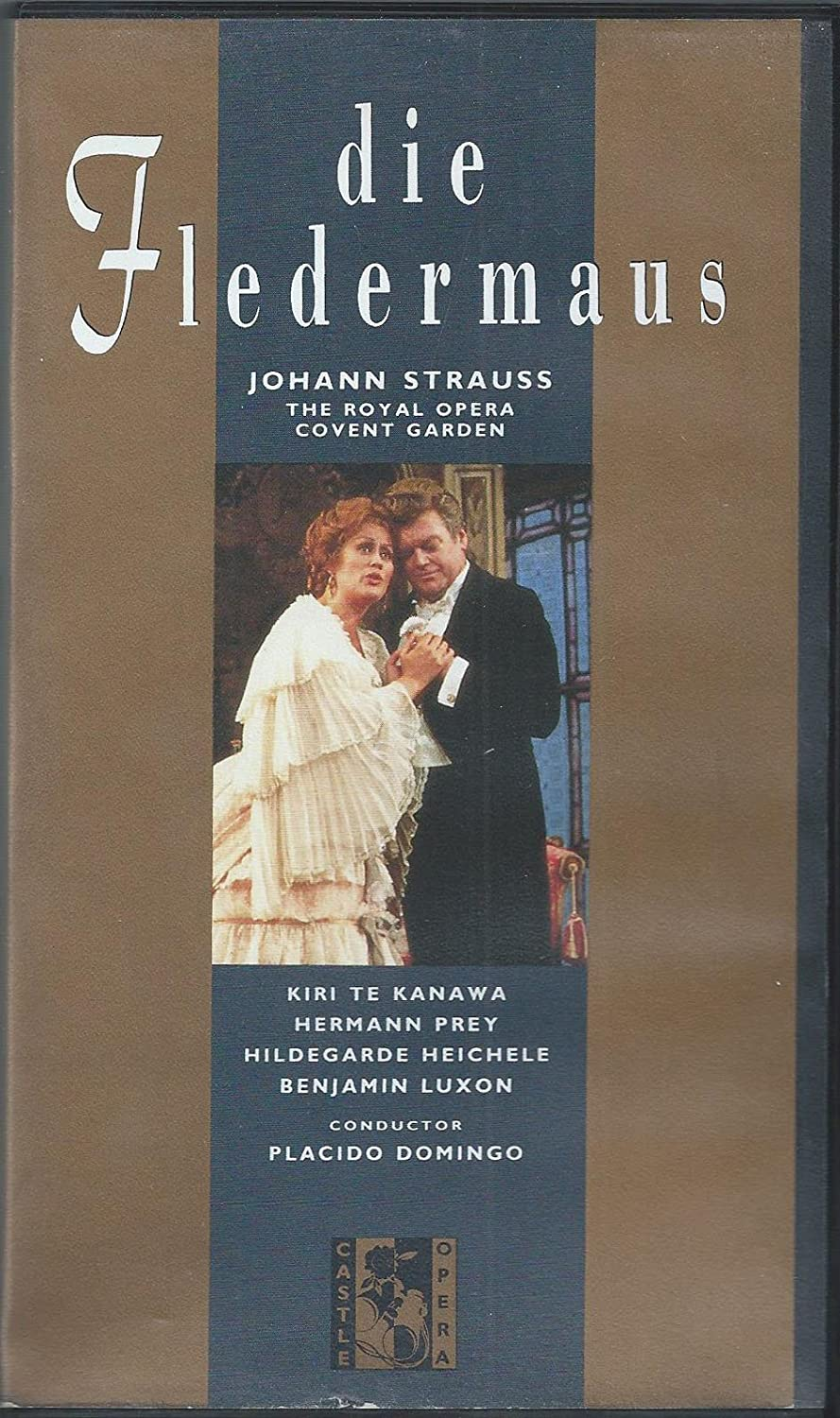 Die Fledermaus: Royal Opera House (Domingo) [VHS]: Plácido Domingo ...