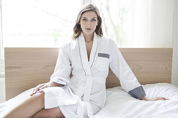 Cotton Real Cottonreal Ladies Deluxe Tramline Shadow Stripe White with Black  Trim Kimono - Wrap - Dressing Gown  Amazon.co.uk  Clothing 4fc8577a4