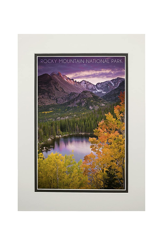 ロッキーマウンテン国立公園、コロラド州 – サンセットと湖 11 x 14 Matted Art Print LANT-53675-11x14M 11 x 14 Matted Art Print  B06XZHC9MY