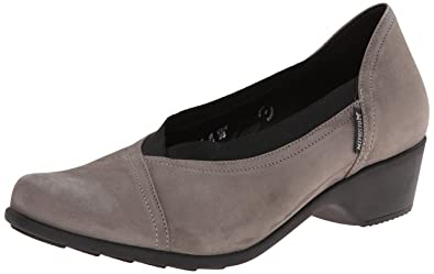 b6c6a72f0b7 Mephisto Women s Romane Dress Pump