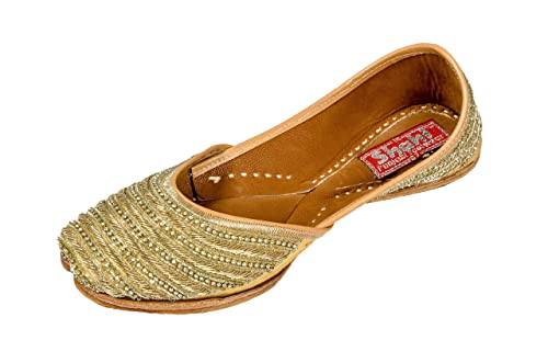 ce4251ee1 SHAHI Punjabi Footwear Designer Golden Jutti for Women