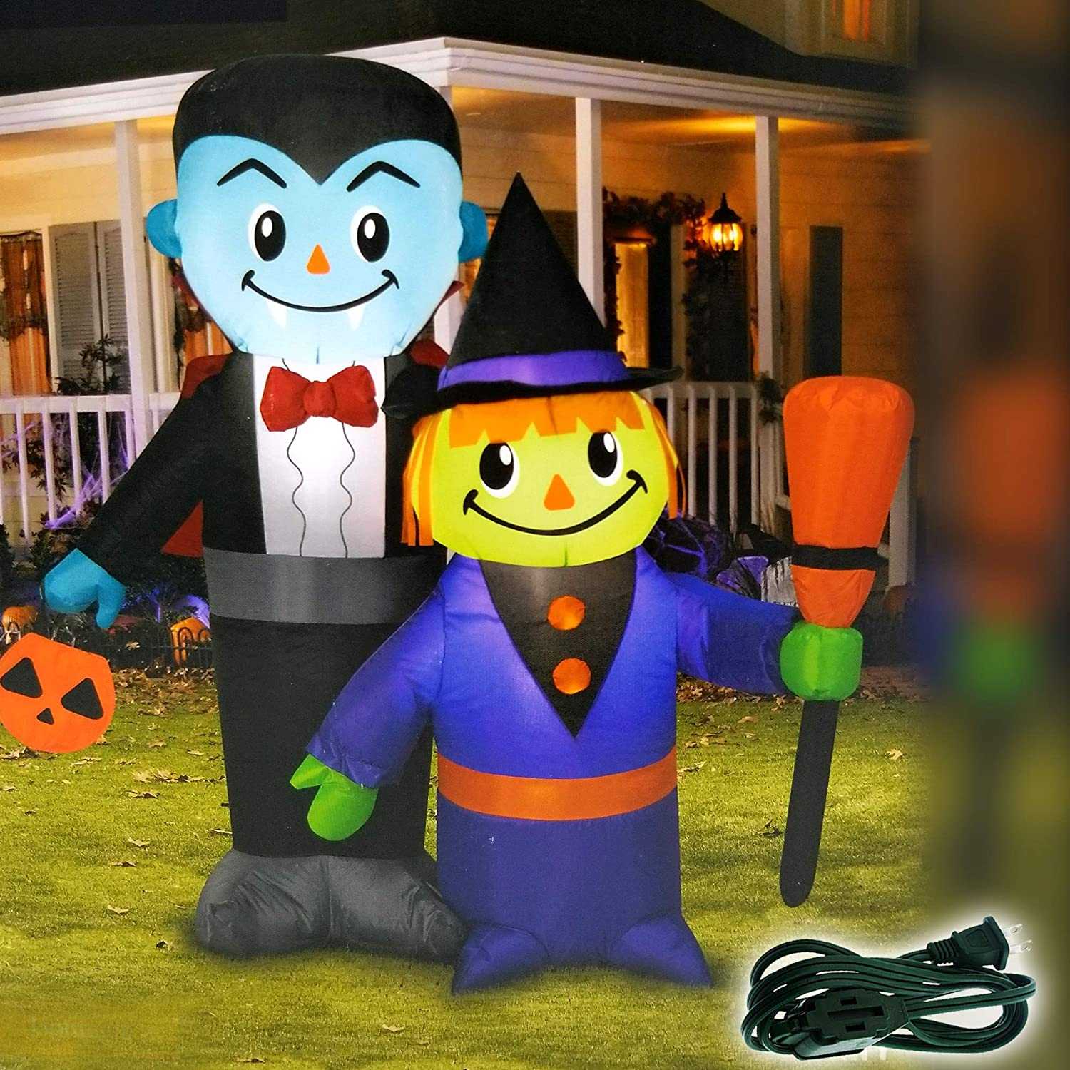 Booyard Halloween Inflatable Decorations Outdoor AirBlown Outdoor Yard  Inflatables (Vampire and Witch Family)