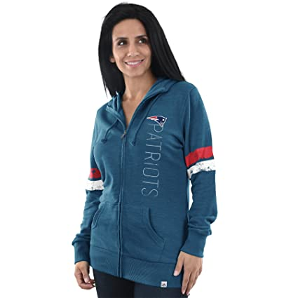 best service afd9d 6dbfd Amazon.com : New England Patriots Womens Athletic Tradition ...