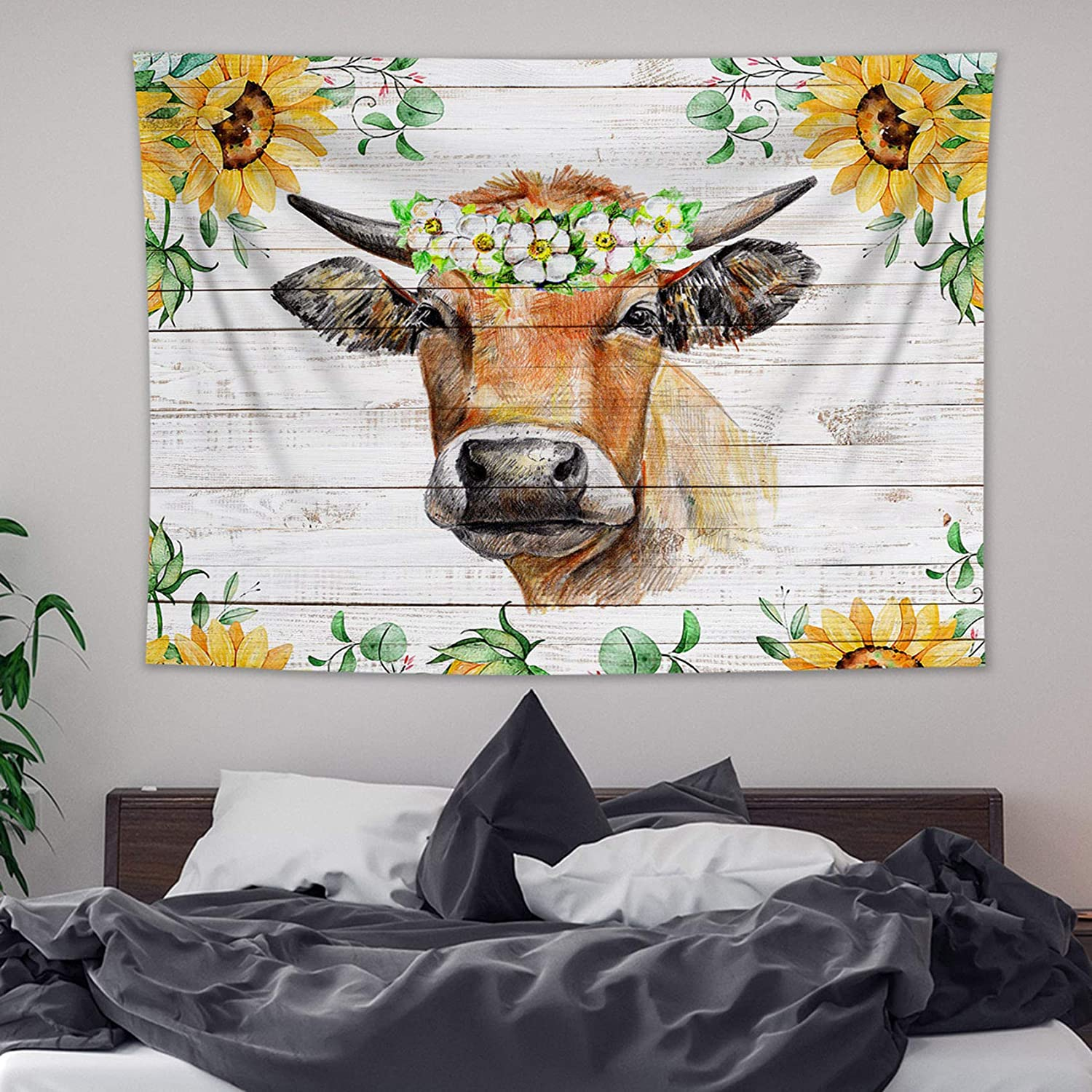 HVEST Farm Animal Cow Decor Tapestry Wall Hanging Funny Animal Cow Cattle and Sunflowers on Vintage Rustic Wood Tapestry for Living Room Bedroom Dorm Wall Hanging Blanket Home Decor, 59x51 inches