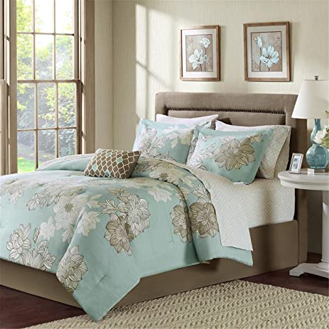 Madison Park Essentials Avalon 7 Piece Complete Bed Set, Blue, Twin