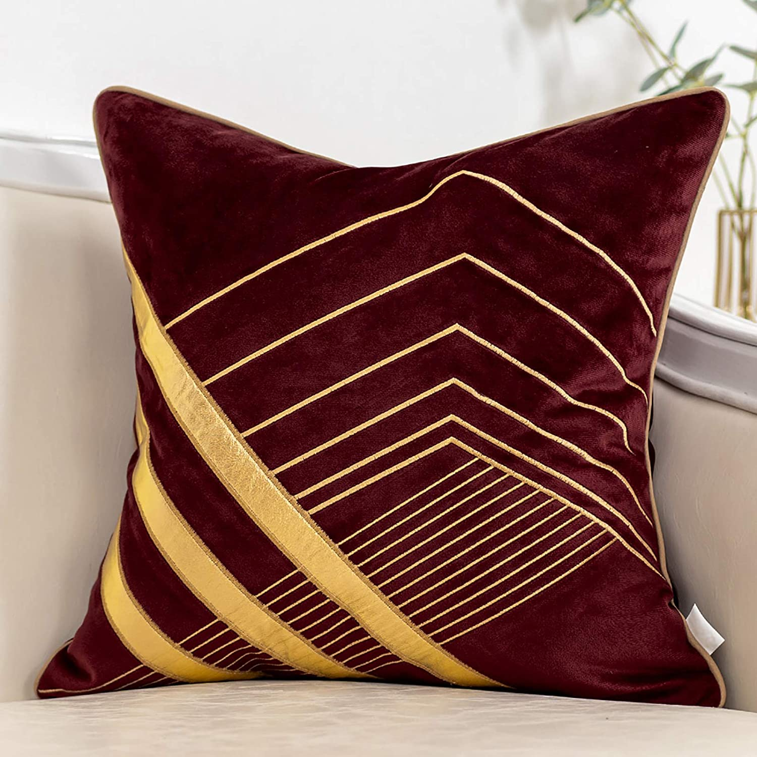 Yangest Wine Red and Gold Geometric Velvet Throw Pillow Cover Striped Leather Cushion Case Modern Luxury Textured Pillowcase for Sofa Couch Bedroom Living Room Home Decor, 18x18 Inch