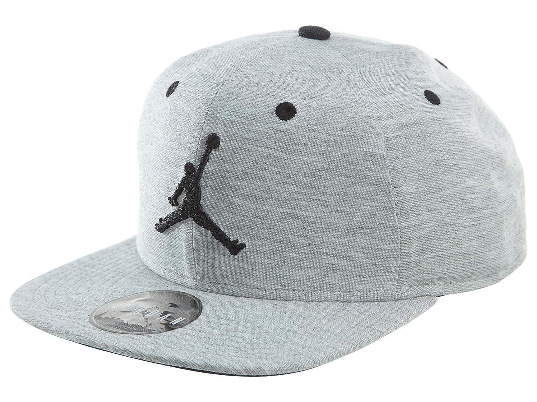 1c4cbd66501 Amazon.com  Nike Mens Jordan 23 LUX Snapback Hat Dark Grey Heather ...