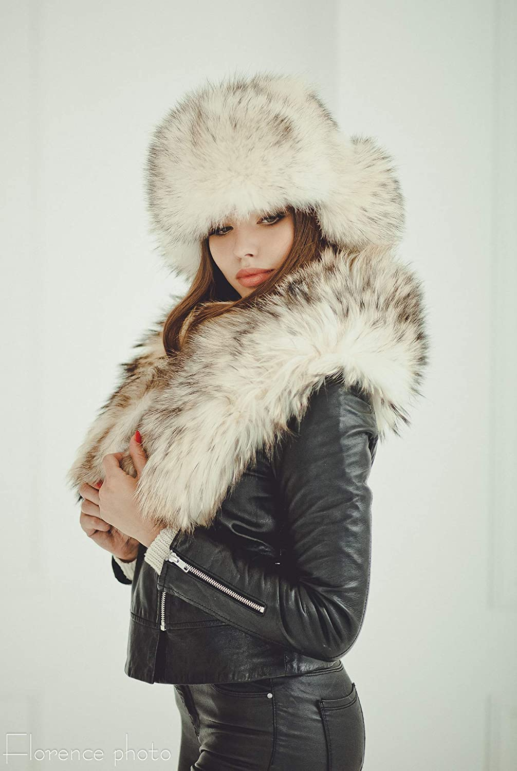 e4b9e5eed Amazon.com: Woman's Real Raccoon Fur Hat With Ears Russian Ushanka ...