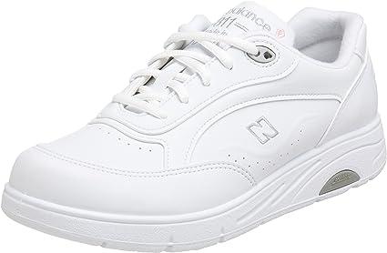 WW811 Lace-up Walking Shoe