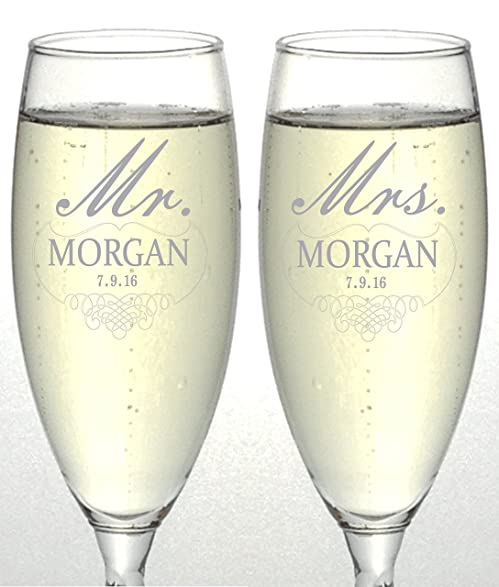 Set Of 2 Personalized Wedding Champagne Flutes Mr And Mrs Design