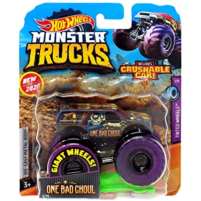 Hot Wheels Monster Trucks One Bad Ghoul 1:64 Tinted Wheels 1/5 Purple Giant Wheels with Crushable car: Toys & Games