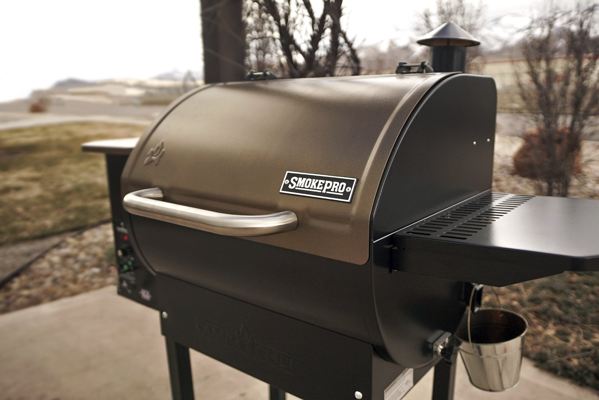 Camp Chef SmokePro DLX Pellet Grill - Bronze by Camp Chef (Image #2)