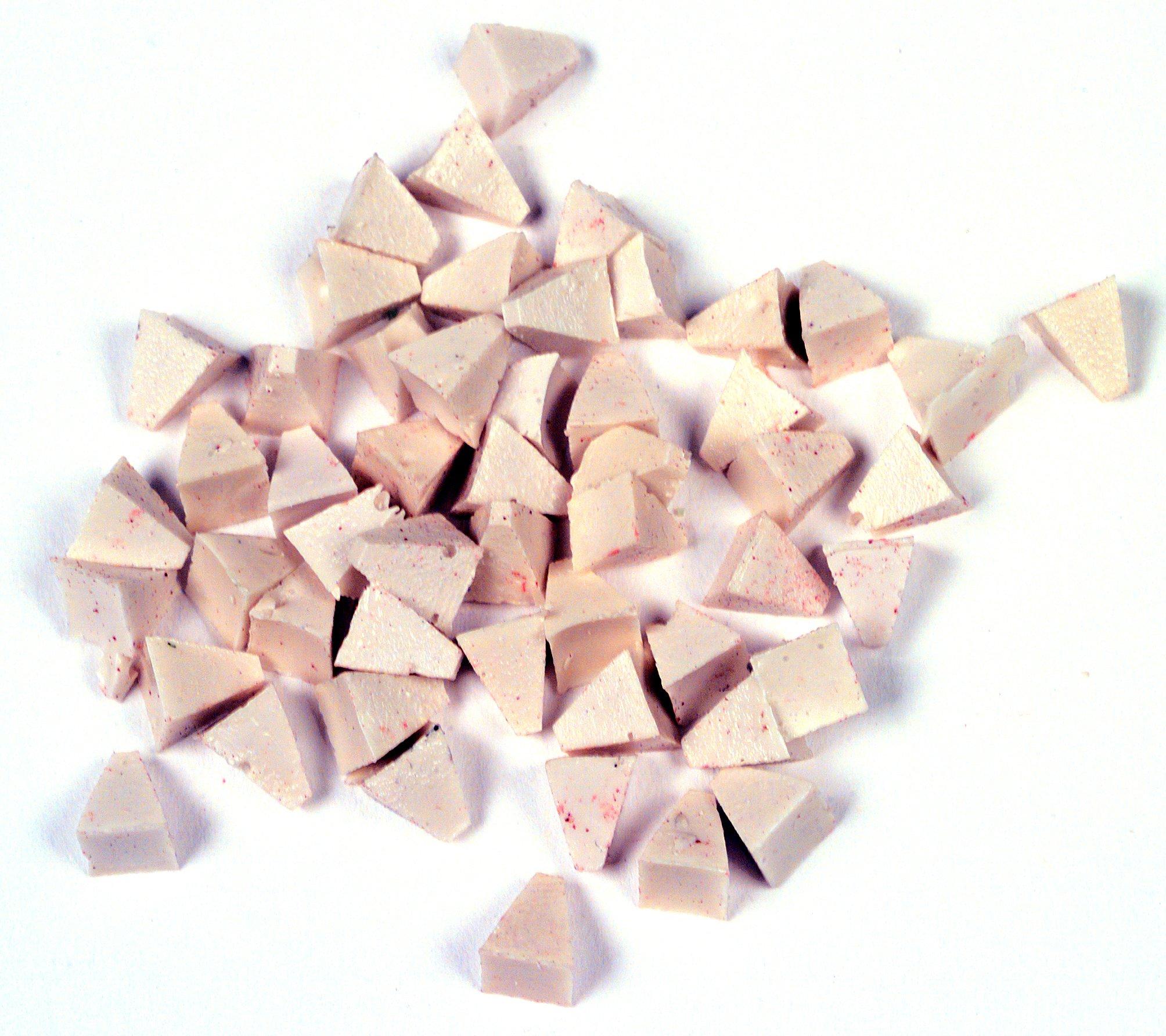 Raytech 41-131 Light Cut Pyramids Plastic Media, 55 lbs/cu ft Density, 1/4'' Size, White, 5lbs Weight