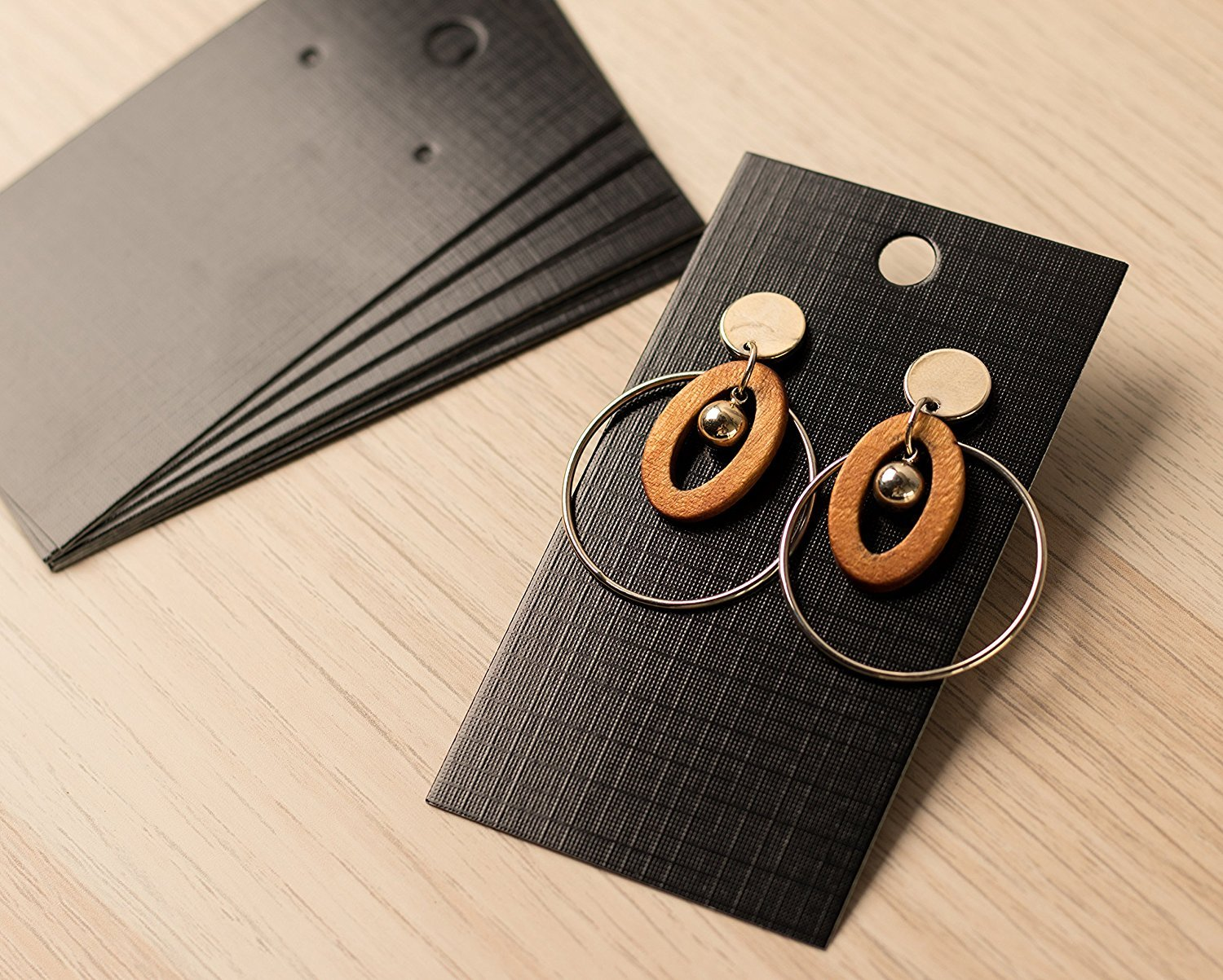 895a1ce8f912 Amazon.com  Earring Cards - 200-Pack Earring Card Holder