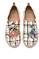 UIN Women's Scottish Fairy Tale Couple Microfiber Sneaker Beige