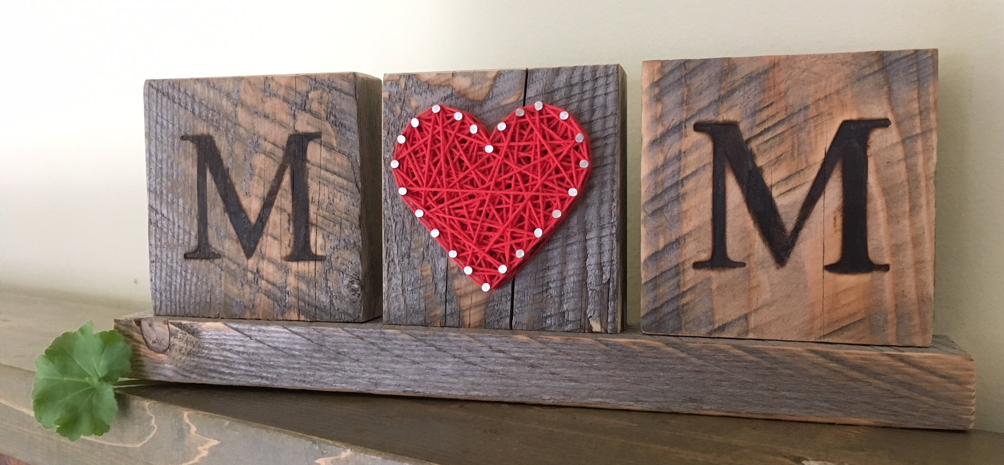 Mom string art sign. Great Mother's Day gift from the kids by Nail it Art. I love you Mom gifts.