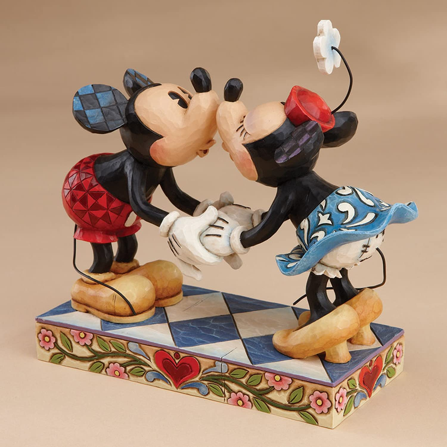 Disney Traditions by Jim Shore Mickey Mouse Kissing Minnie