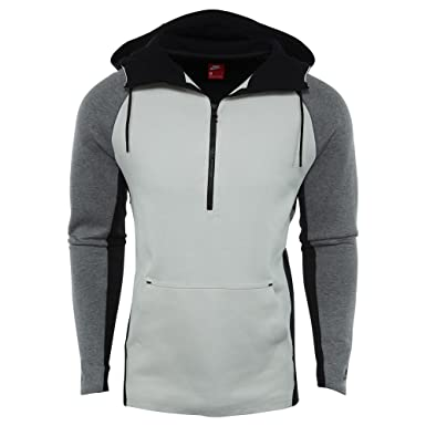 9a130ed8ab02 Amazon.com  NIKE Sportswear Half Zip Tech Fleece Hoodie Men Light Bone  Carbon Heather 884892-072  Clothing