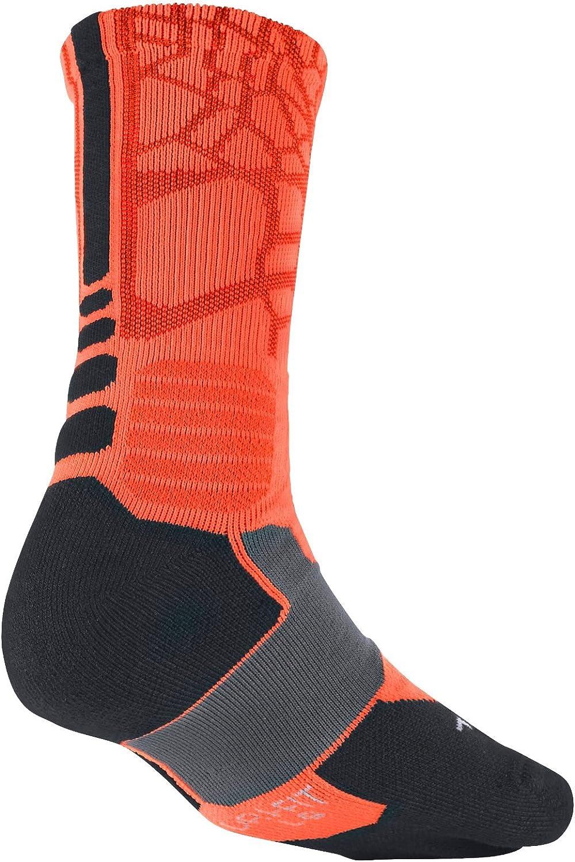 Fundador Autonomía Intención  Amazon.com: Nike Men's Hyper Elite Cushioned Crew Socks: Clothing