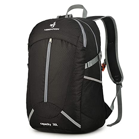 222dffc1cefa Image Unavailable. Image not available for. Color  NEEKFOX Lightweight  Packable Hiking Backpack 30L Travel Hiking Daypack for Men Women