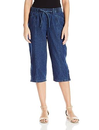 294ab136795d3 Erika Women s Jade Denim Capri at Amazon Women s Jeans store