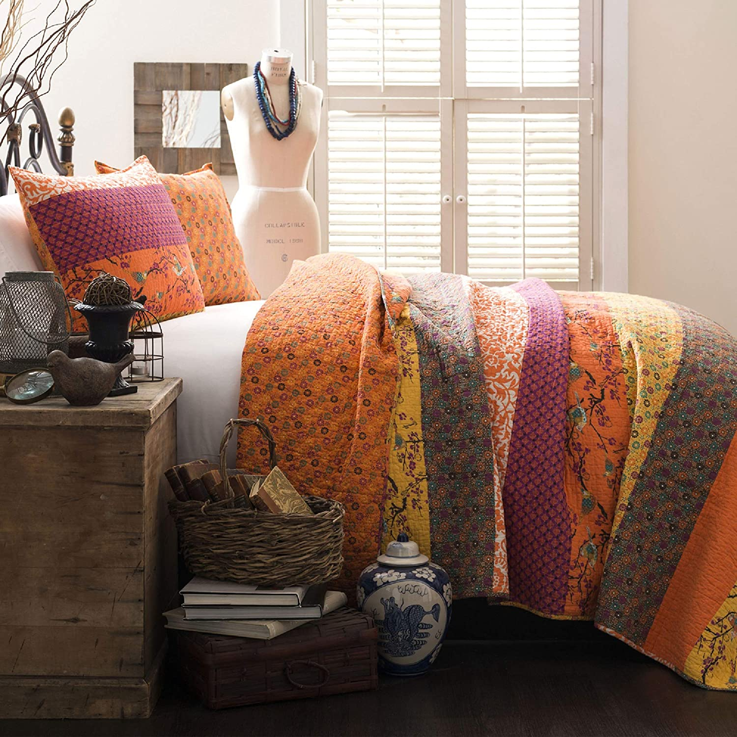 Lush Decor Royal Empire Quilt Striped Pattern Reversible 3 Piece Bedding Set, Full Queen, Tangerine