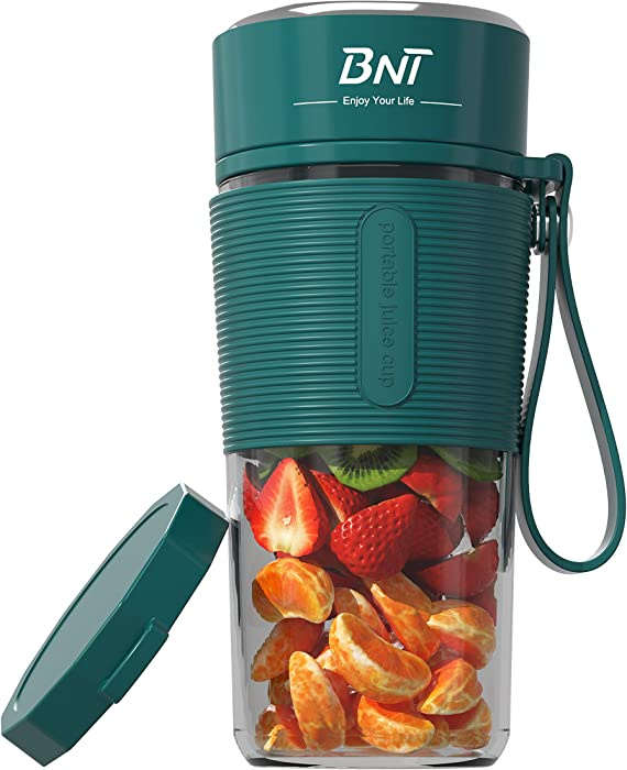 Portable Blender, 17.6oz Personal Blender for Shakes and Smoothies, Personal Size Blender for Sports,Gym,home and office with Travel Cup and Extre Lid, USB Rechargeable Batteries,BPA-Free (Green)