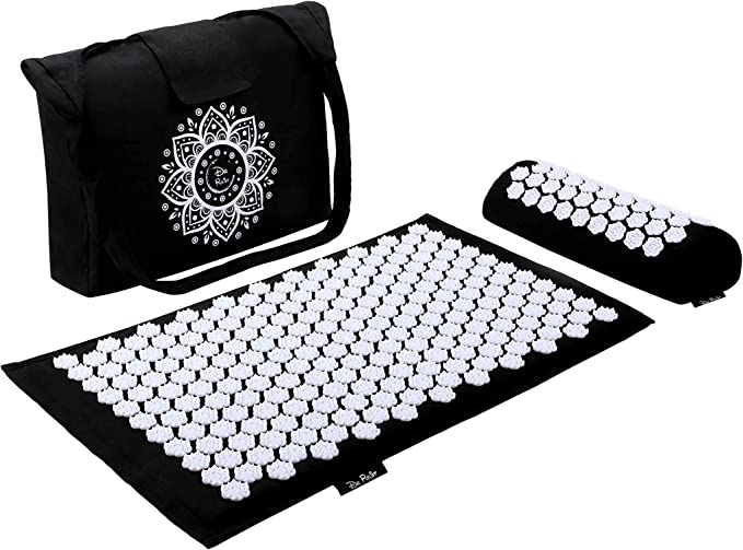 """Amazon.com: Dr Relief Acupressure Mat 28"""" x 17"""" - Shiatsu Intervention Mat & Pillow Gift Set - Quick Back & Neck Pain Relief for Men & Women, Cushion for Sciatica, Trigger Point Therapy, Stress Relief and Muscle: Sports & Outdoors"""