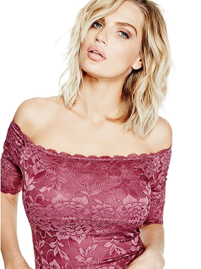 f4a70f5bf9f8 GUESS Women s Dara Off-The-Shoulder Lace Bodysuit  Amazon.ca  Clothing    Accessories