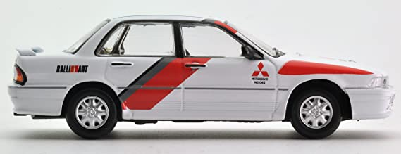 Tomica Limited Vintage Neo 1/64 LV-N129a Mitsubishi Galant VR-4 RS white: Amazon.es: Juguetes y juegos