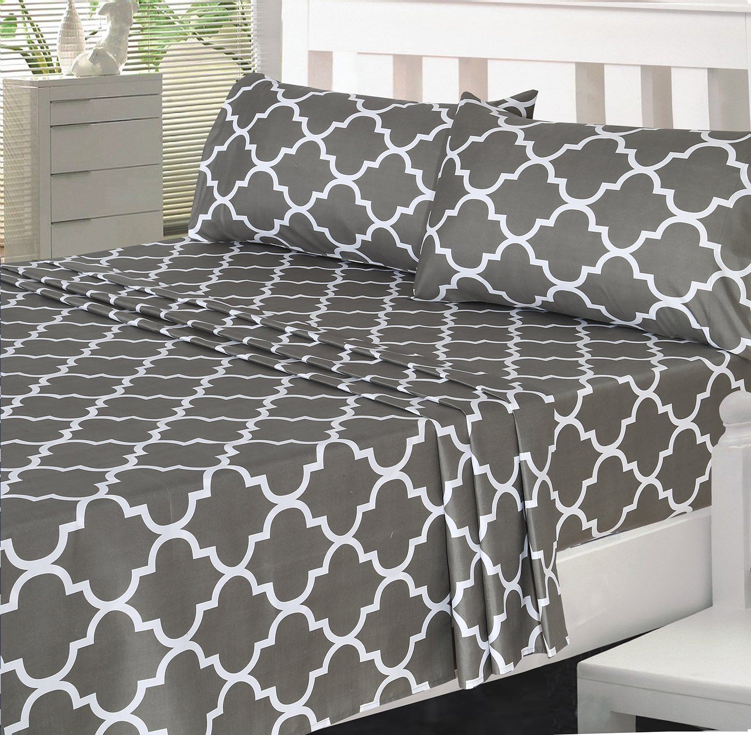 Utopia bedding 4 Piece Bed Sheet Set (Full, Grey