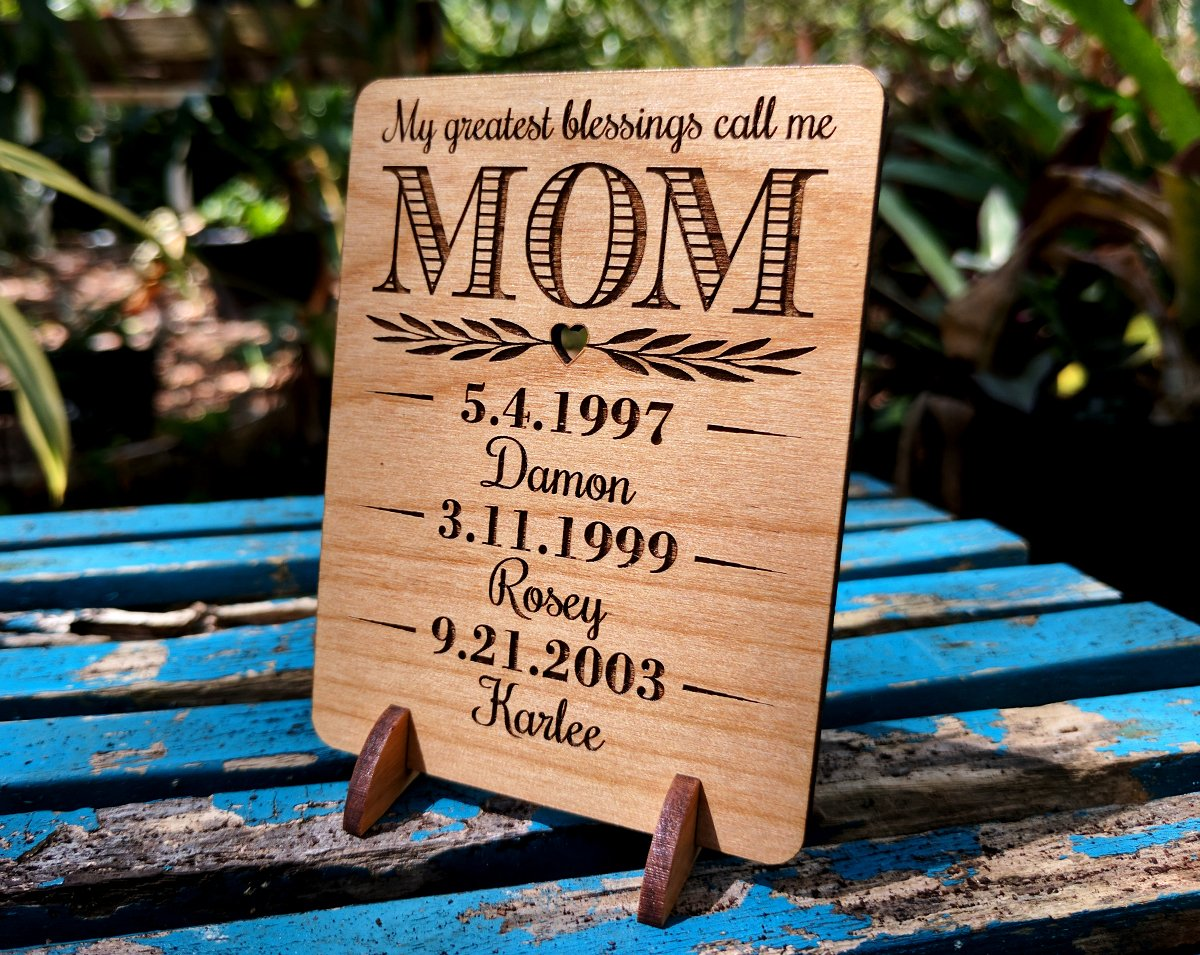 Unique Mom Greeting Card Personalized Mothers Day Gift Mom Card for Birthday Christmas Mother of The Bride Thank You Cards Handmade Display Alder Wood Card (Mom) by Greeting Card-by-StockingFactory (Image #6)