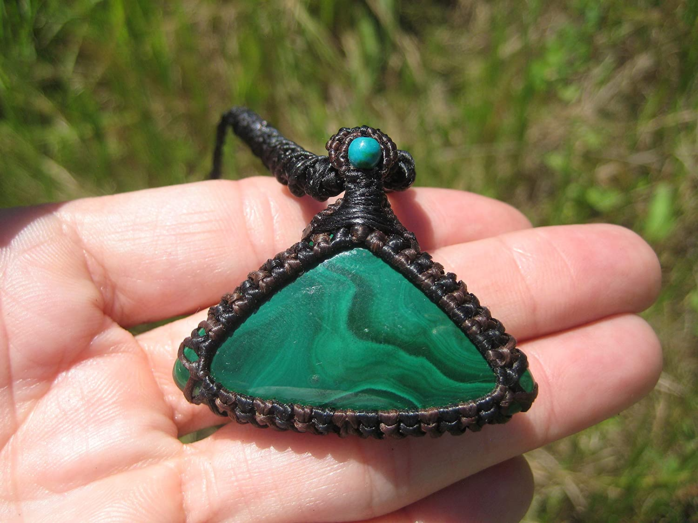 Himalayan Treasures Natural Malachite Crystal Stone Pendant Necklace Thailand Jewelry Art EB700
