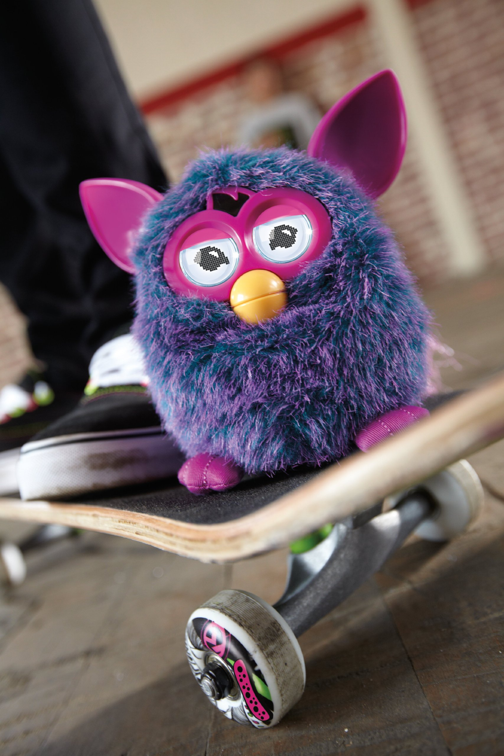 Furby (Pink) by Hasbro (Image #11)