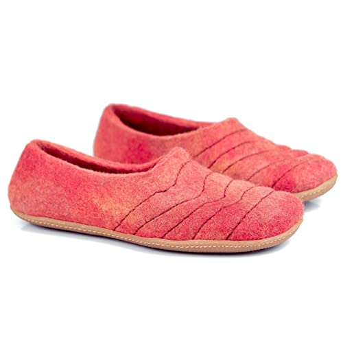 b0022038a96 Amazon.com: BureBure Wool Women Slippers Cocoon Living Coral ...