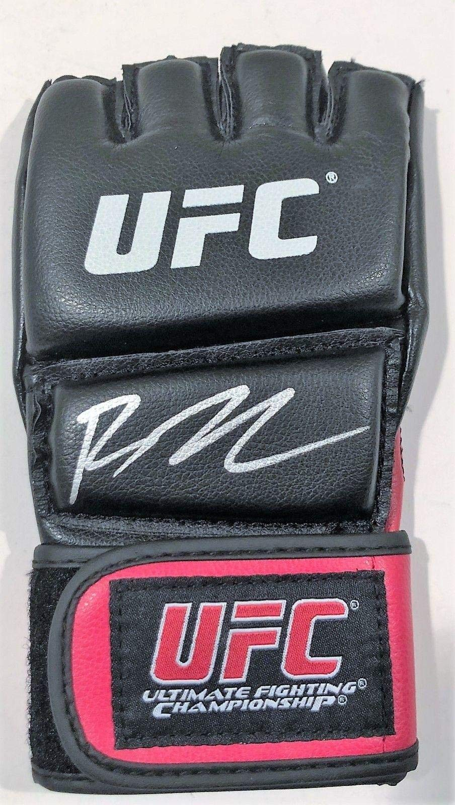 BJ Penn Signed UFC Training Glove w/COA MMA Fighter Hall Of Fame B.J. Autographed UFC Gloves