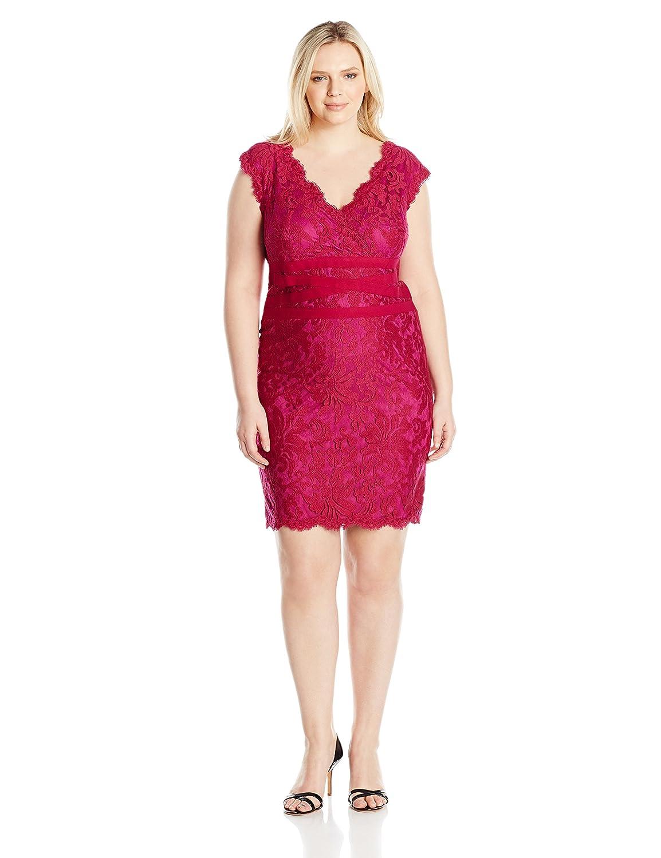 ee7fedaee5d Tadashi Shoji Women s Plus Size V-Neck Embroidered Lace Dress at Amazon  Women s Clothing store