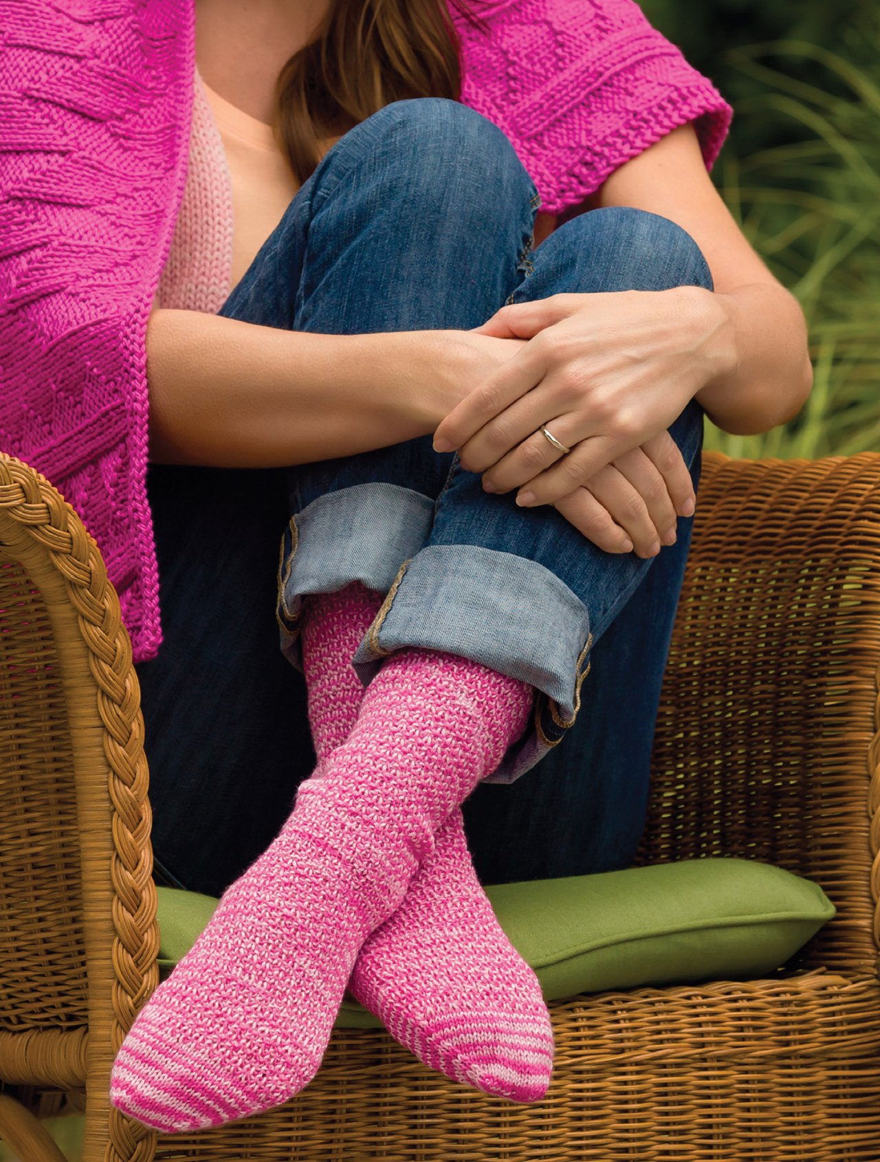 Knit Pink: 25 Patterns to Knit for Comfort, Gratitude, and Charity