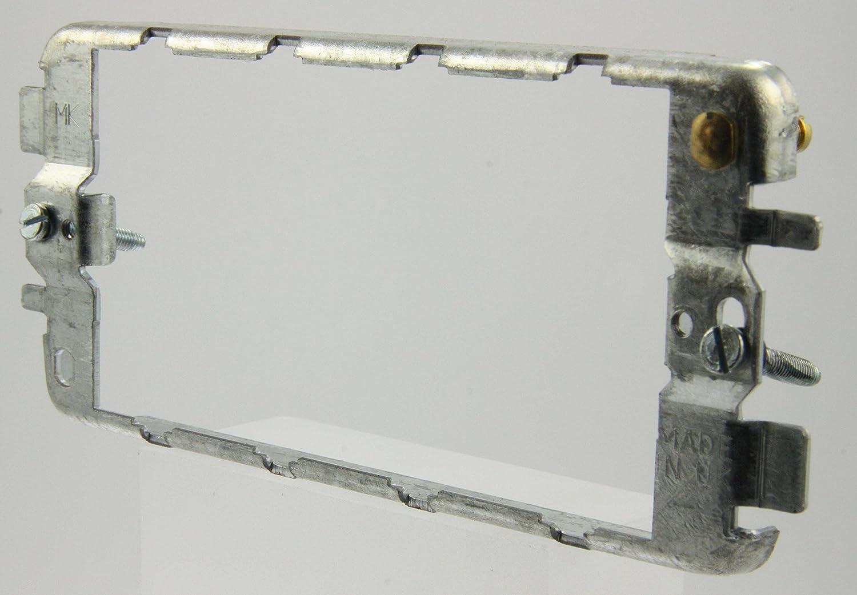 MK K3704 4 Module Grid Mounting Frame by MK Grid Plus: Amazon.de ...