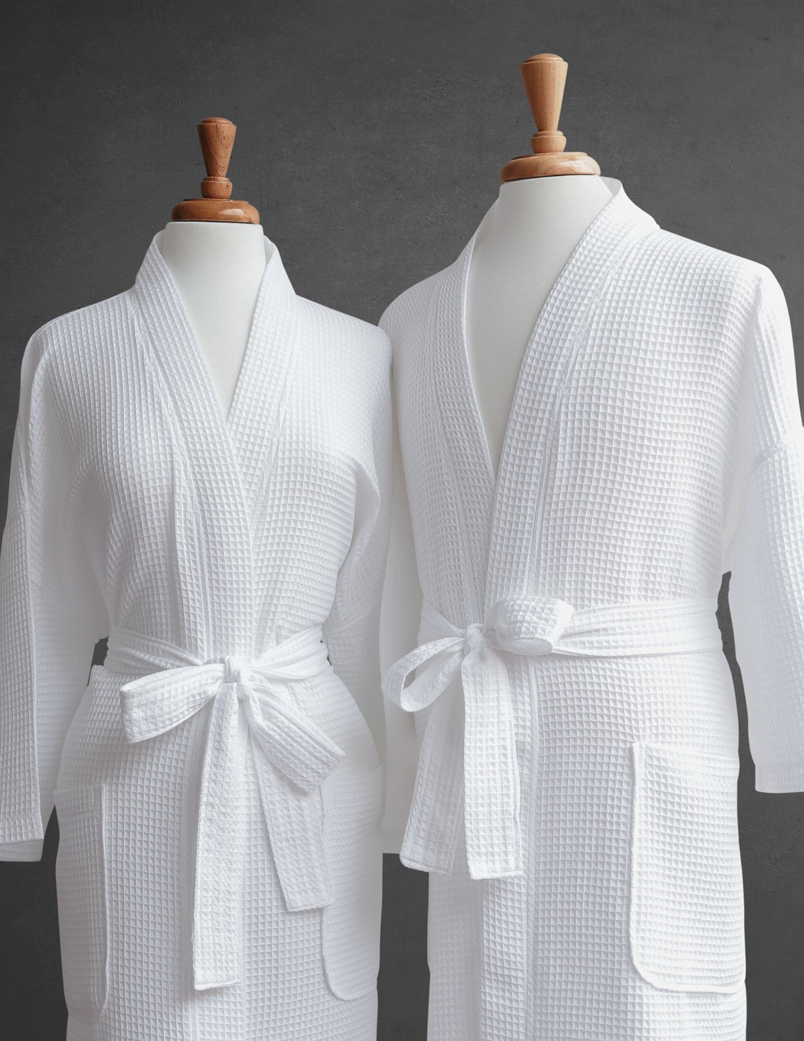 Waffle Robe - 100% Egyptian Cotton - Unisex/One Size Fits Most - Waffle Weave, Spa Bathrobe, Luxurious, Soft, Plush - Perfect for All Seasons - Luxor Linens - Giovanni Collection - Customizable